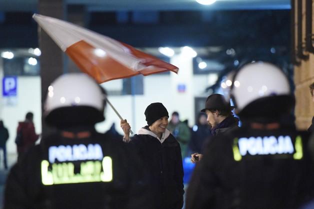 Policja w PKW - 12 osób zatrzymanych