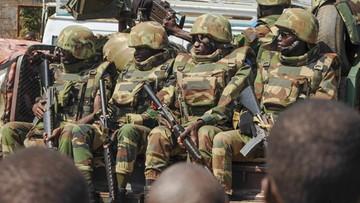 20-01-2017 15:26 Gambijski prezydent nie chce oddać władzy. Interweniują sąsiednie państwa