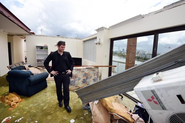 Nawałnica w Australii,  ok. 70 tys. domów bez prądu