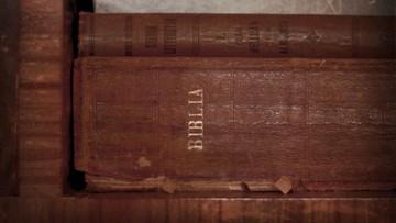 13-04-2016 12:03 Książki, których Amerykanie nie chcą w bibliotekach. Biblia w  pierwszej dziesiątce
