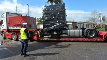 13-04-2017 17:21 Ciężarówka użyta w zamachu w Berlinie przywieziona do  Polski