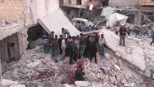 Syria: 53 osoby zginęły w nalotach na targ w miejscowości Atareb