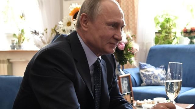 Szef CIA: Rosja będzie nadal usiłowała ingerować w wewnętrzne sprawy USA; nie wycofa się też z Syrii