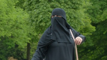 """24-04-2017 20:08 Brytyjska partia za wprowadzeniem zakazu noszenia burki i nikabu. """"Świadoma bariera w integracji"""" i """"zagrożenie bezpieczeństwa"""""""