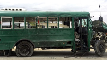 30-06-2016 12:18 Atak na autobusy wiozące kadetów afgańskiej policji. 27 ofiar