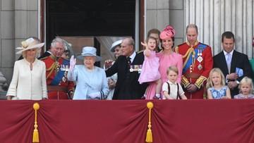 17-06-2017 16:24 Tłumy na obchodach 91. urodzin królowej Elżbiety II