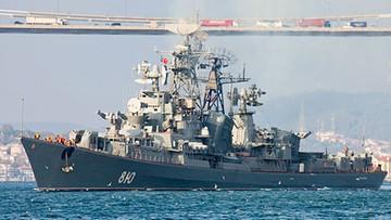 13-12-2015 15:16 Turecki statek płynął wprost na rosyjskiego niszczyciela. Strzały ostrzegawcze