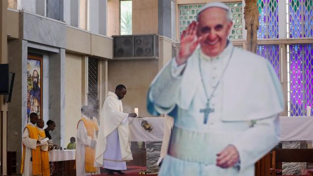 Papież Franciszek wyruszył w podróż do Afryki