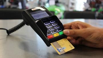 26-06-2017 06:06 600 mln zł dla sklepikarzy na terminale płatnicze