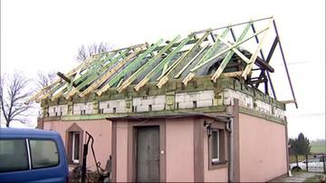 W wakacje stracili dach nad głową. Pierwsze święta mieszkańców Rytla po niszczycielskich wichurach