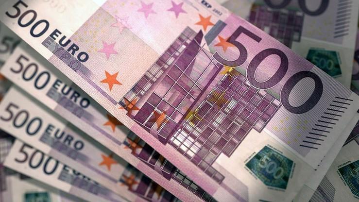 UE straciła 888 mln euro w wyniku oszustw finansowych w 2015 r.