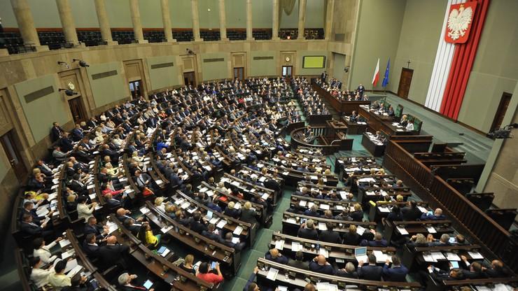 Gorąca atmosfera w Sejmie na początku obrad