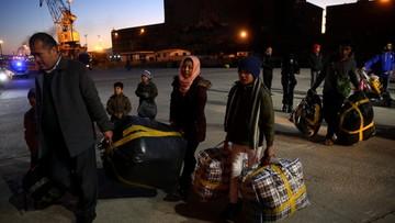 """17-12-2017 10:04 """"Polska, Węgry i Czechy mogą stracić w budżecie UE ok. 12 mld euro"""". Za nieprzyjęcie uchodźców"""