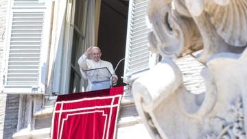 """17-07-2016 13:17 Papież modlił się za ofiary z Nicei. """"Niech Bóg oddali wszelki plan terroru i śmierci"""""""