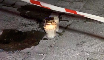 Zmarł mężczyzna, który podpalił się w centrum Warszawy