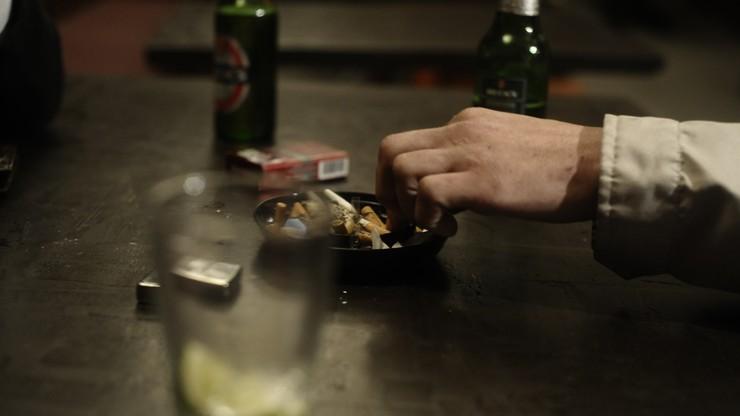GUS: Polacy palą i piją mniej niż 5 lat temu