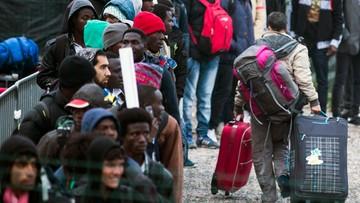 24-10-2016 08:36 Rozpoczęła się ewakuacja obozu migrantów w Calais. Do akcji skierowano ponad tysiąc policjantów