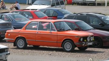Zlot miłośników aut BMW zakończony mandatami. Mogą być kolejne kary