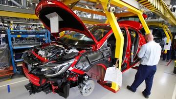 30-03-2016 14:18 Firmy motoryzacyjne chcą pozostać w Europie Środkowej. Chwalą niskie koszty pracy, narzekają na nieprzejrzyste prawo