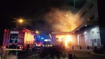 08-01-2017 22:14 Ogień w magazynie przy Galerii Mokotów