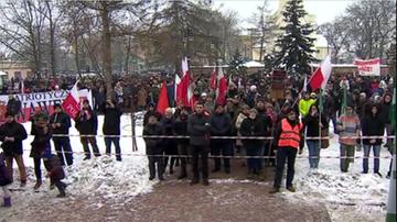 24-01-2016 15:36 Mieszkańcy Góry Kalwarii protestują przeciwko przyjęciu uchodźców