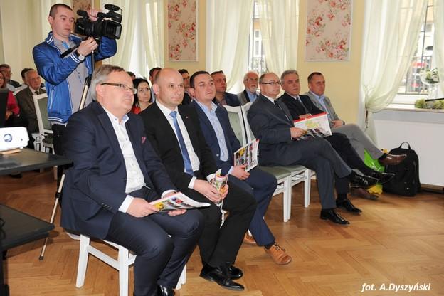 """Konferencja prasowa na temat wyścigu """"Szlakiem walk mjr. Hubala"""""""