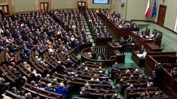 08-04-2016 15:42 CBOS: PiS i Nowoczesna zyskują poparcie. PO i Kukiz'15 - tracą