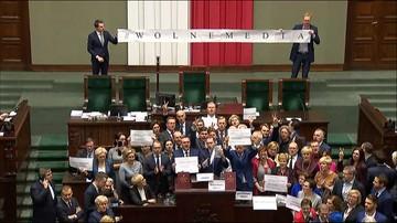 Obrady tajne, bez mediów i w obecności BOR - opinia ws. rozwiązania kryzysu w Sejmie
