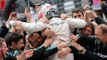 2015-10-26 Hamilton: Jestem trzykrotnym mistrzem świata? To szaleństwo...
