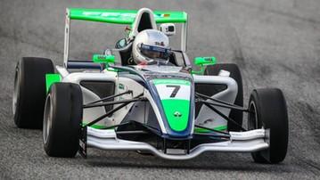2016-12-21 Polak imponuje w debiucie w bolidzie Formuły 3