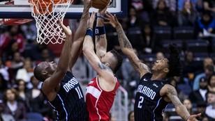Liga NBA - dobry mecz Gortata i zwycięstwo Wizards podczas Polskiej Nocy