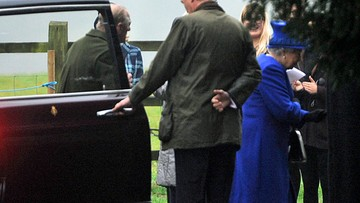08-01-2017 13:12 Elżbieta II pojawiła się publicznie pierwszy raz od czasu choroby