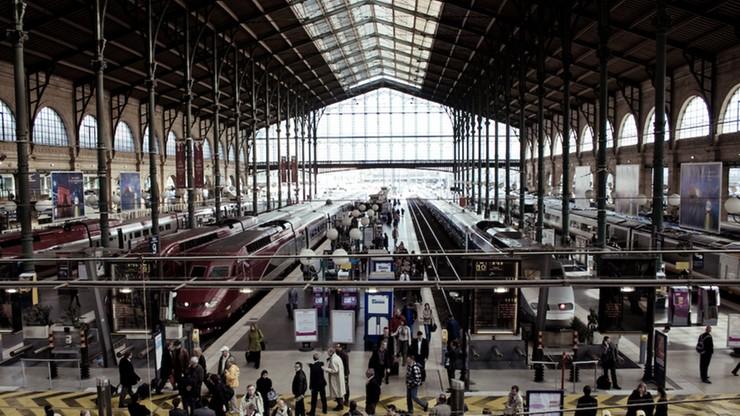 W Paryżu na dworcu aresztowano mężczyznę z nożem