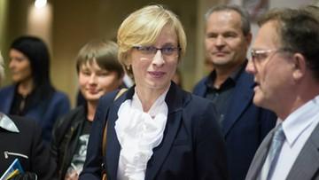 27-10-2016 00:51 Beata Gosiewska chce ok. 5 mln zł za śmierć męża w katastrofie smoleńskiej- informuje OKO.press