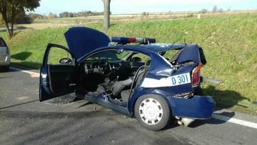 18-10-2017 17:46 Przyjechali na miejsce kolizji, w ich radiowóz uderzyło auto. Zginęła policjantka na służbie