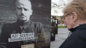 """24-04-2016 07:22 Uroczysty pogrzeb """"Łupaszki"""" dziś na Powązkach"""