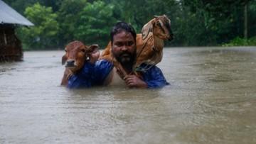12-08-2017 16:18 Powodzie i lawiny błotne w Nepalu. Ponad 30 ofiar śmiertelnych
