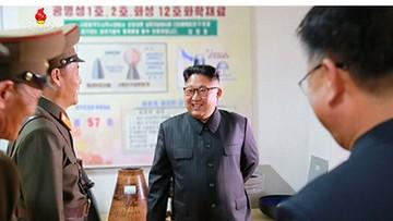 23-08-2017 10:14 AP: na zdjęciach Kim Dzong Una widać projekty nowych rakiet