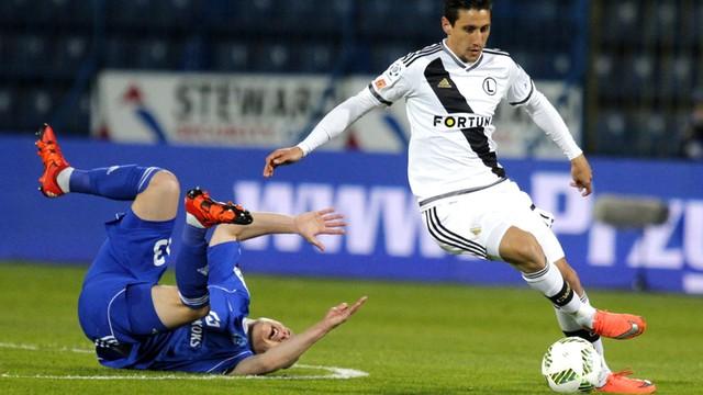 Ekstraklasa piłkarska: status quo na czele tabeli, Legia słabo wChorzowie