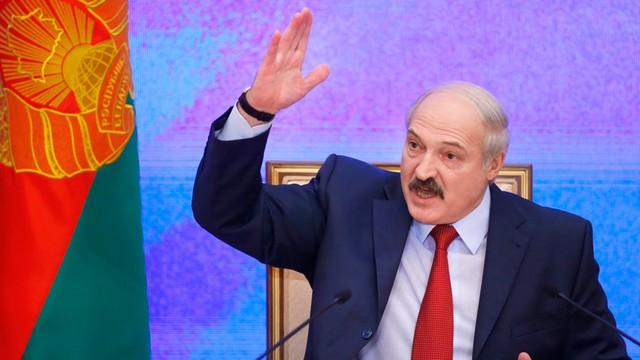 Białoruś: Grzywna za propozycję ukoronowania Łukaszenki