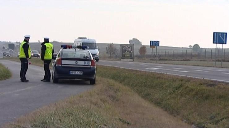 Długi weekend na drogach: zginęło już 19 osób, 231 zostało rannych