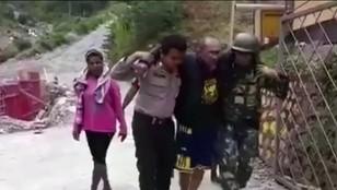 Indonezja - rebelianci wypowiedzieli wojnę policji i wojsku