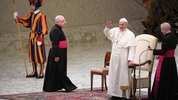 15-08-2016 17:13 Prezydent Francji jedzie do papieża. W sprawie zamordowanego księdza