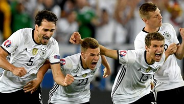 03-07-2016 01:04 Niemcy pokonali Włochów po kuriozalnym konkursie rzutów karnych