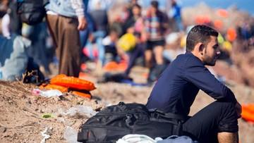 07-10-2015 18:00 Grecja: fałszowali dokumenty dla imigrantów