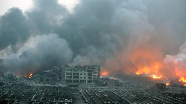 Chiny: wybuchy w Tiencin jak bomba atomowa - wideo