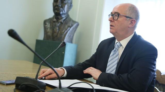 Seremet: prokuratura prowadzi śledztwa w sprawie trzech SKOK-ów