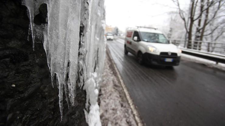Włosi liczą straty po ataku zimy. Setki milionów