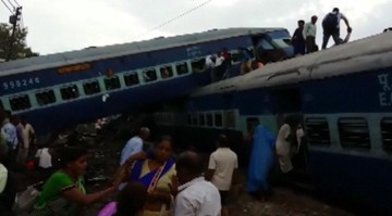19-08-2017 18:34 Katastrofa kolejowa w Indiach. Co najmniej 23 osoby zginęły