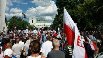 2017-07-16 Protest przed Sejmem w obronie wymiaru sprawiedliwości